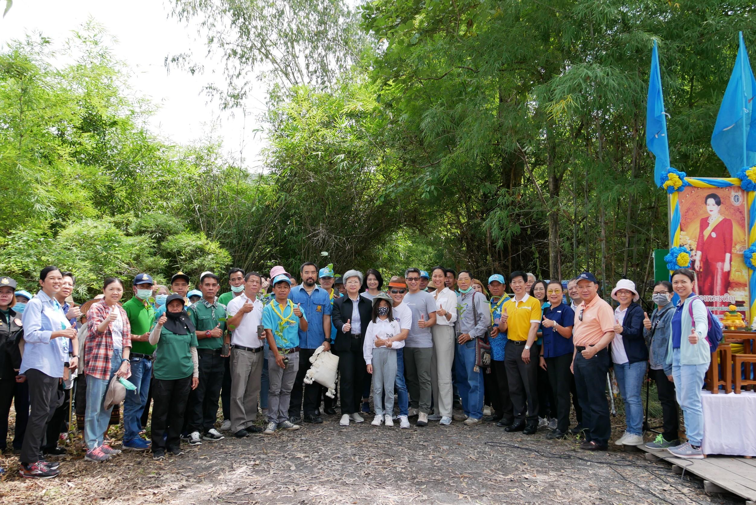 ก.ล.ต. และหน่วยงานพันธมิตร ร่วมลงพื้นที่ป่าชุมชนนำร่องโครงการคุณดูแลป่า เราดูแลคุณ